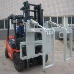 Holder for hydraulisk gaffeltruck vedlegg