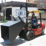3 tonn Hyundai diesel gaffeltruck festebøtte hengslet gaffel og bøtte
